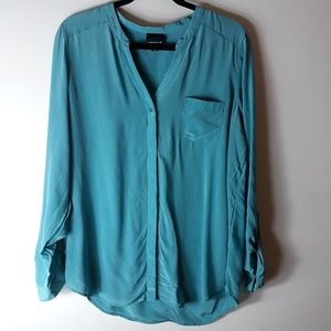 Trouve| 100% Silk Button Down Blouse (A435)